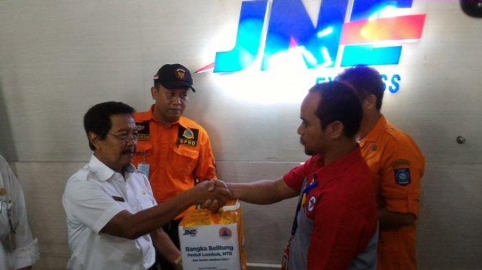 Wagub Babel Melepaskan Barang Bantuan untuk Korban Gempa Lombok