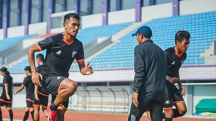 Hadapi Top Skor Liga 2 2019, Berikut Prediksi Line Up Persita Tangerang Melawan Babel United FC