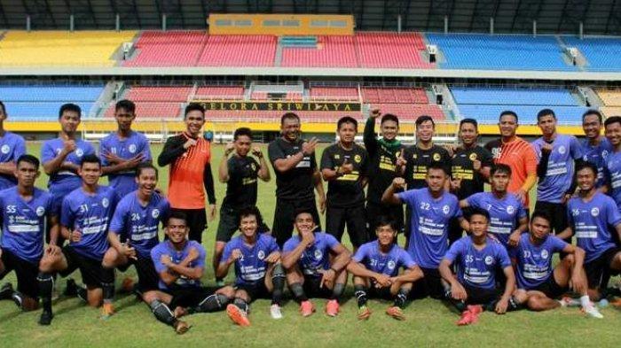 Kas Hartadi Tunjuk Dua Pemain Senior Sebagai Kapten Sriwijaya FC
