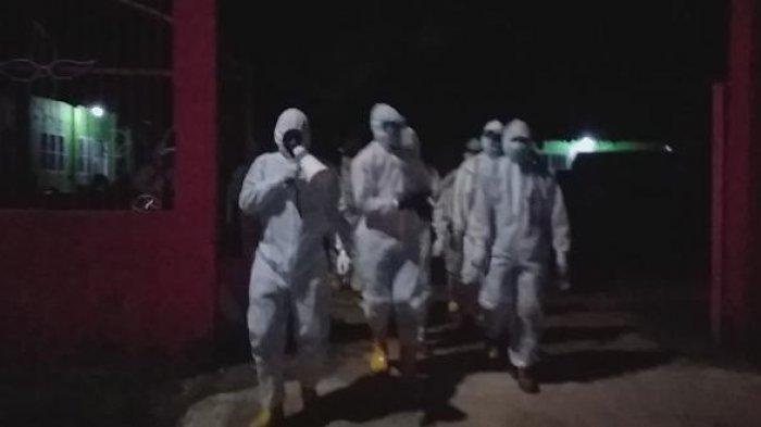 TNI AL Posal Muntok Kembali Pimpin Prosesi Pemakaman Pasien Corona Sesuai Prokes Covid-19