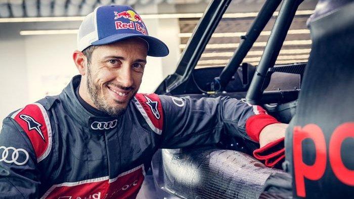 Sama dengan Valentino Rossi, Dovizioso juga Piawai Balap Roda 4 Turun di DTM Misano