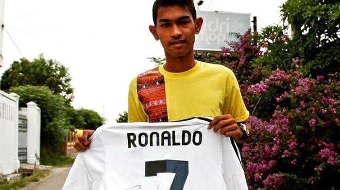 SOSOK Pemenang Lelang Medali Simic dan Jersey Motta Berpeluang Bayar Jersey Cristiano Ronaldo