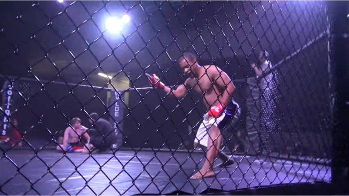 Aksi Pencak Silat Ini Bikin Petarung MMA Kelenger KO di Octagon