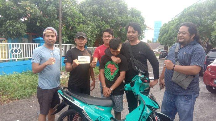 Embat Motor Milik Pedagang, Tukang Parkir Pasrah Ditangkap Polisi