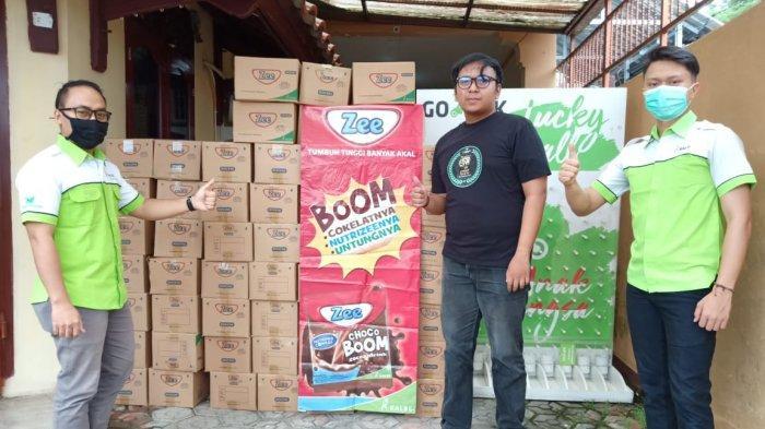 Pandemi Covid-19, Kalbe Nutritional Berbagi Minuman Nutrisi Zee ChocoBoom Pada Driver Gojek