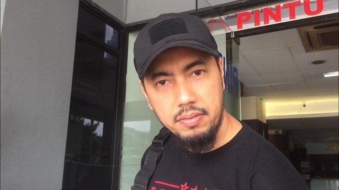 Buntut Viral Pramugara Selingkuh Dipecat Maskapai, Sunan Kalijaga Siap Bela Pramugara dan Pramugari