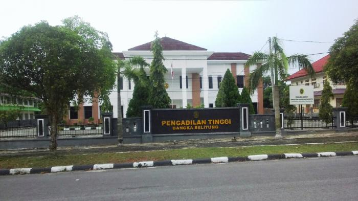 Pengadilan Tinggi Vonis Bebas Terdakwa Korupsi Dana Hibah Masjid