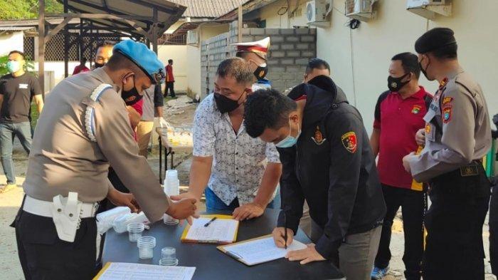 Seluruh Anggota Polres Bangka Jalani Tes Urine, Wakapolres Langsung Umumkan Hasilnya