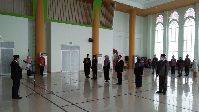 Rektor Lantik Lima Pejabat Fungsional IAIN SAS Bangka Belitung