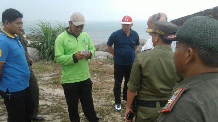 Tim Gabungan Tinjau Lokasi Penambangan Pasir Kuarsa di Pantai Kubu Toboali