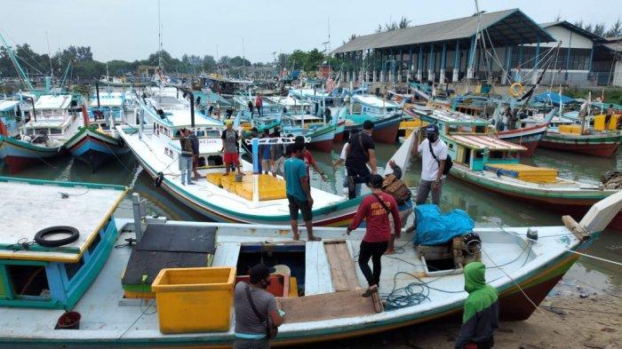 Cuaca Ekstrem Sudah 3 Perahu Nelayan Alami Kecelakaan, HNSI Bangka Keluarkan 11 Imbauan
