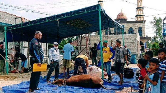 Masjid Assy-Syukur Pangkalpinang Bagikan Daging Kurban ke 175 Mustahik