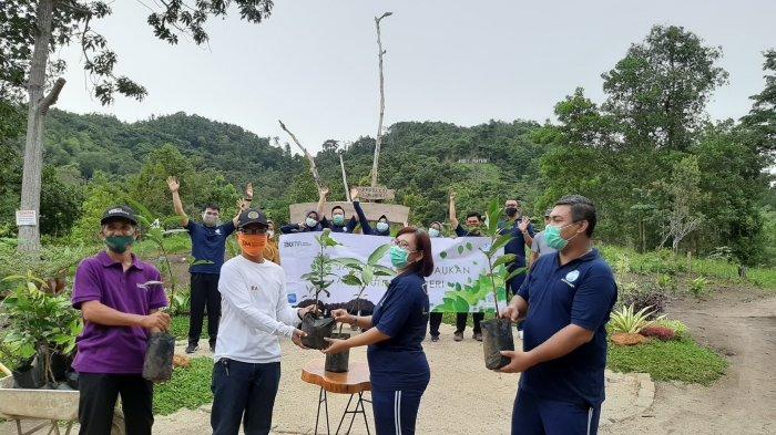HUT ke 60, Jasa Raharja Tanam 336 Bibit Pohon di Bukit Pinter