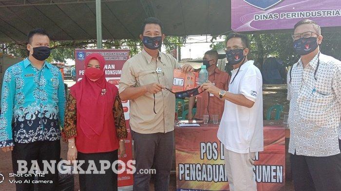 Disperindag Bangka Belitung Bagikan Masker, Botol Air Minum dan Brosur