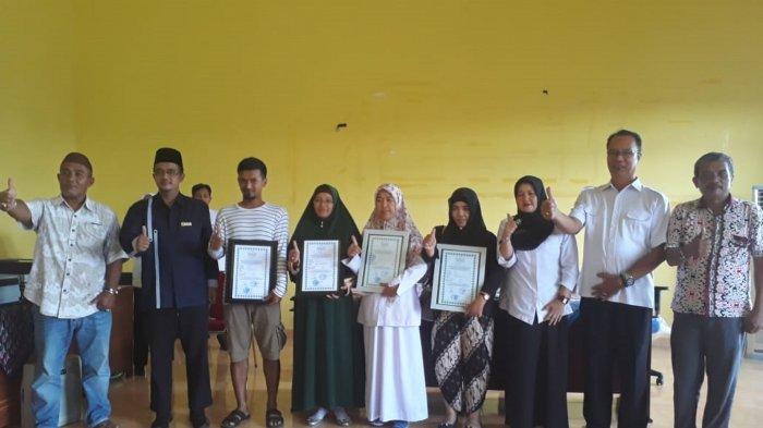 57 Pemilik Usaha di Kabupaten Belitung Terima Sertifikat Halal