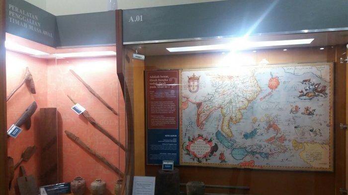 Wiki Bangka : Riview Museum Timah Indonesia di Pangkalpinang - peralatan-penggalian-timah-pada-masa-awal.jpg