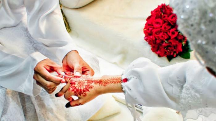 Ini 5 Tradisi Pernikahan Paling Unik di Dunia, Mulai Tak Boleh Senyum Sampai Diludahi