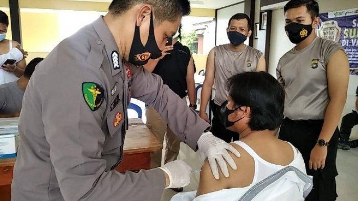 210 Personil Polres Bangka Selatan Ditargetkan Vaksinasi Covid-19, Hari Ini Sudah 60 Orang