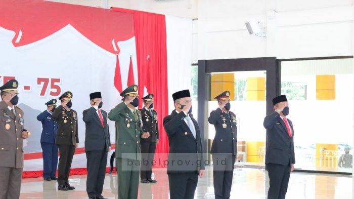 Gubernur Erzaldi Rosman Ikuti Upacara Peringatan HUT ke-75 Bhayangkara