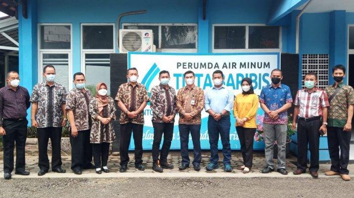 DPRD Kabupaten Bangka bersama Perumda Air Minum Tirta Bangka melakukan kunjungan kerja ke Perumda Air Minum Tirta Baribis Kabupaten Brebes,Jawa Tengah, Jumat(25/06)