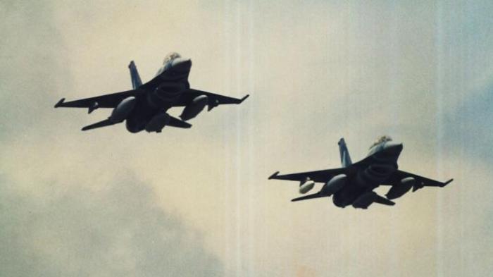Kisah 2 F-16 TNI AU Dikeroyok 9 F/A-18 Hornet AS di Laut Jawa, Tak Gentar Meski Sudah Dikunci Rudal