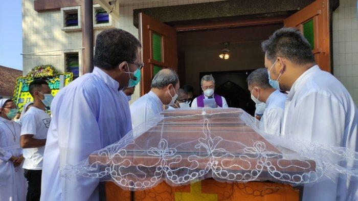 Sosok Panutan Itu Berpulang, Pastor FX Hendrawinata Meninggal pada Usia 72 Tahun