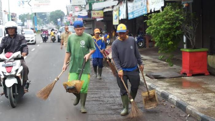 Banjir Sudah Surut, Tapi Warga Masih Dihantui Rasa Takut