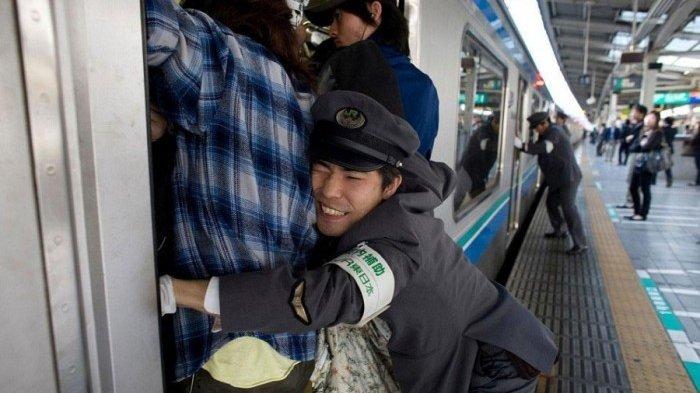 Ini 7 Pekerjaan Aneh Hanya Ada di Jepang, Dorong Orang Digaji 12 Juta/Bulan, Mau?