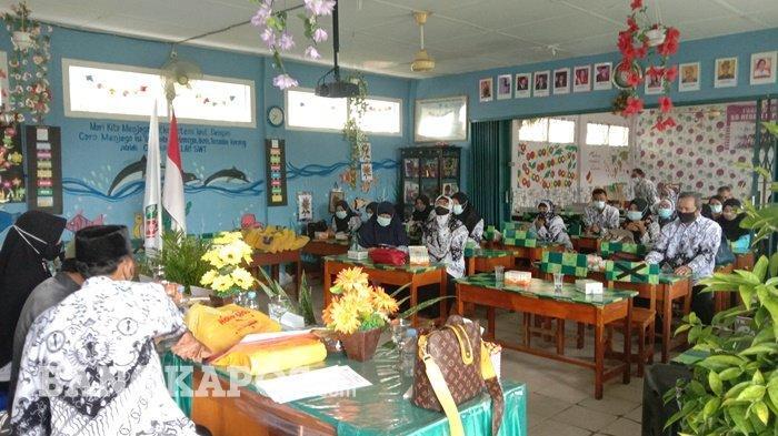 Pemilihan Kepengurusan PGRI Kecamatan Gabek, Eko Berharap Bisa Tingkatkan Kualitas Guru