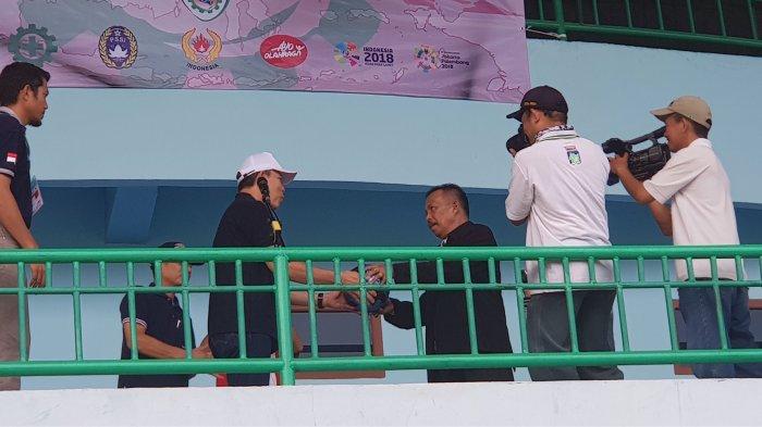 Sekda Babel Buka LPI Regional Sumatera II di Stadion Depati Amir