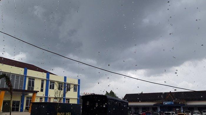 Peringatan Dini BMKG Selasa 6 April 2021: Waspada Hujan Lebat dan Angin Kencang di Sejumlah Wilayah