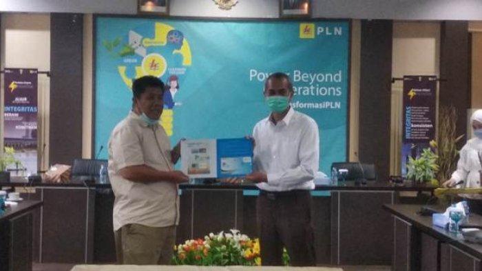 Terima Penghargaan Dari PLN UIW Bangka Belitung, Hidayat Arsani Ajukan Program untuk Masyarakat.