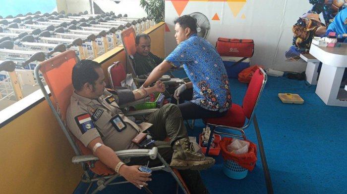 Gelar Donor Darah Sukarela, 15 Kantong Darah Terkumpul di Bandara Depati Amir