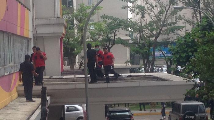 Kepala Ali Pecah, Tulang Tangan Keluar, Akibat Loncat dari Lantai 19 Apartemen