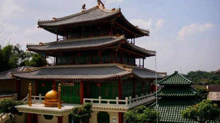 Melihat Keindahan Pondok Pesantren Bergaya Arsitektur Kelenteng yang Dibangun Mantan Preman