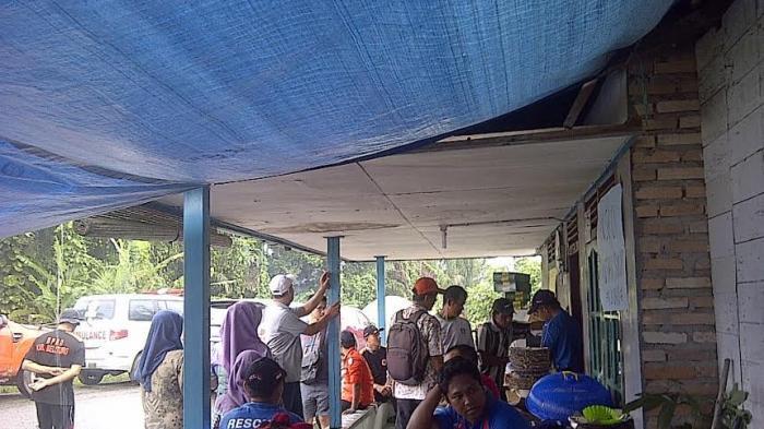 Bantuan Terus Mengalir ke Posko Korban Banjir Desa Kemiri