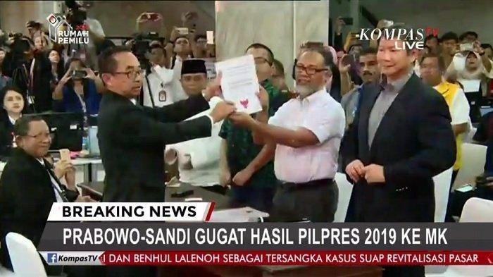Tim Prabowo-Sandi Bawa 51 Alat Bukti Sengketa Pilpres 2019 ke MK