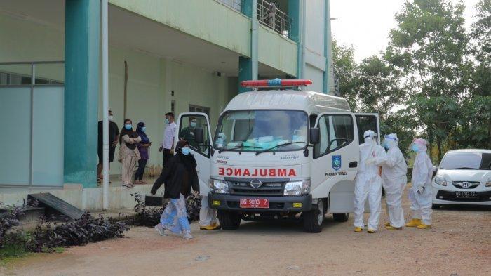 Pemindahan 10 Pasien Wisma Karantina, Tandai Beroperasinya RS Covid-19 Bangka Belitung