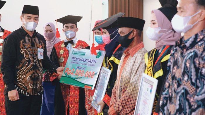 Wisuda Lulusan Universitas Muhammadiyah, Rektor Berpesan Harus Jadi Agen Perubahan