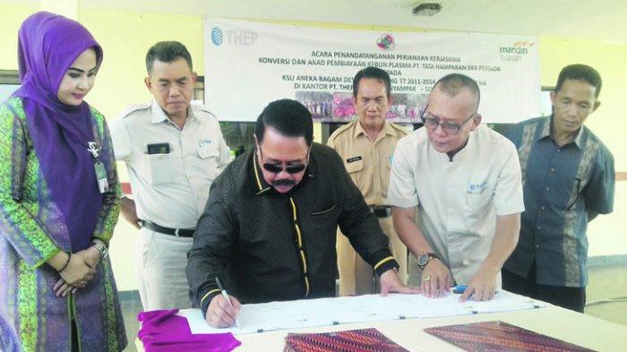PT THEP dan KSU Aneka Ragam Tandatangani Perjanjian Konversi Lahan