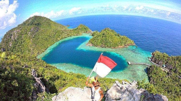 Danau Kaolin Bangka Tengah, Danau Cinta di Indonesia yang Sajikan Pemandangan Romantis dan Mempesona