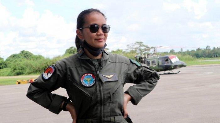 MENGENAL Putri Dayak Letda Cpn (K) Alberta Injilia Penerbang Helikopter Bell 412