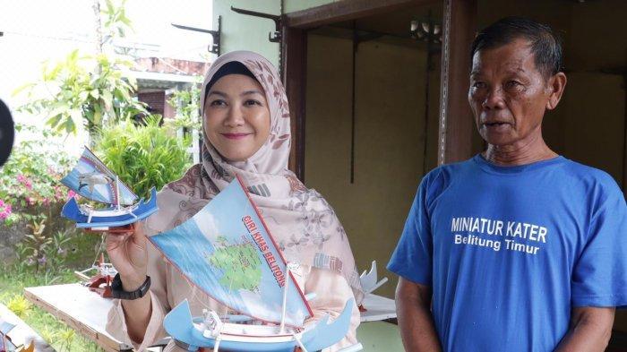 Ketua Dekranasda Melati Erzaldi Kunjungi Kerajinan Miniatur Kapal Kater di Beltim