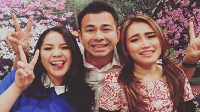 Kesal Selalu Ditanya Hubungan dengan Raffi dan Nagita, Ayu Ting Ting Tantang Wartawan Tanya Gigi