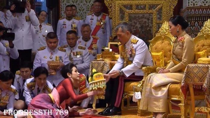 Beginilah Cara Aneh Raja Thailand Bersenang-senang dengan para Selirnya, Miliki Lebih 20 Selir