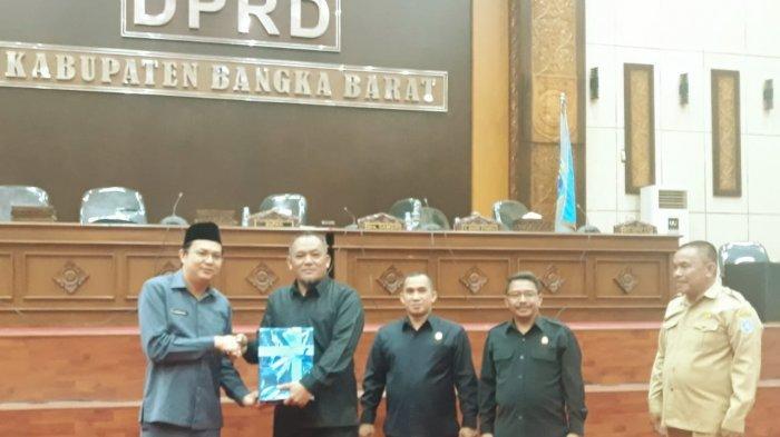 Bupati Bangka Barat Markus SH Sampaikan Raperda Perubahan APBD 2019