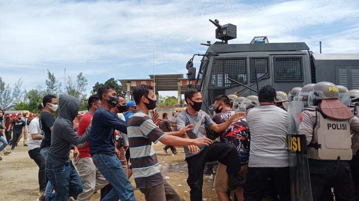 Simulasi Sispamkota, Begini Cara TNI/Polri Redam Aksi Massa di Pilkada Bangka Barat