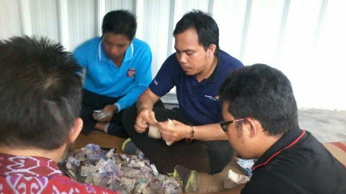 Sumbangan Gempa Aceh, AWI Pangkalpinang dan Dinsosnaker Sudah Kumpulkan Rp 13 Juta