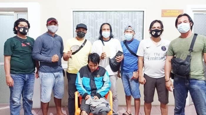Tim Naga Polres Pangkalpinang mengamankan pelaku perampok, di Polres Pangkalpinang, Senin (21/12/2020) petang.