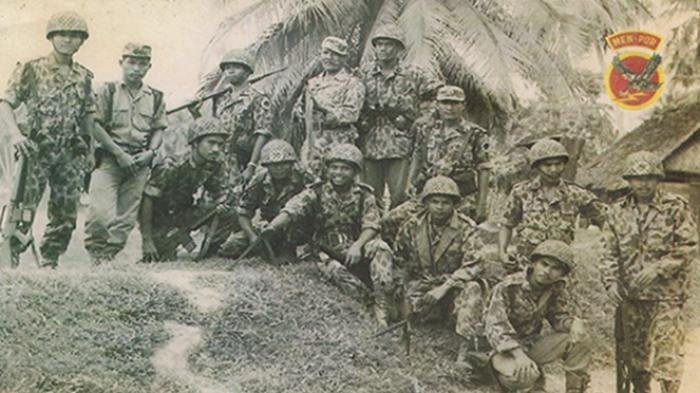 Anggota Resimen Pelopor